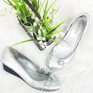 LRL Silver Leather Platform Buckle Wedge Pump